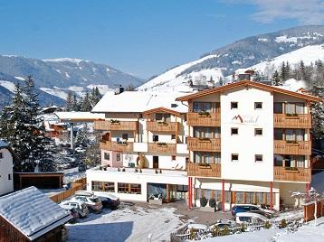 hotel_mirabel_copertina